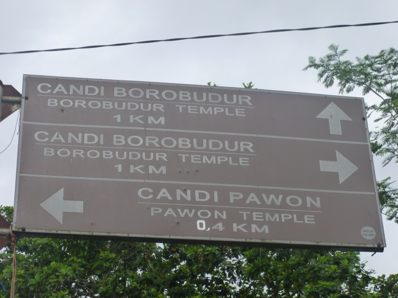 Which way to Borobudur? Straight... and left...