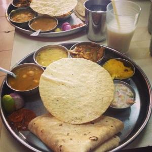 Thali - a sampler dish of amizingness!